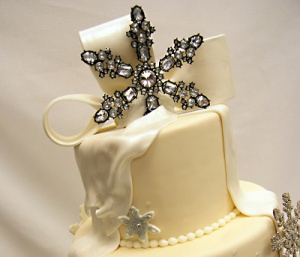 winter silver snowflake topper cake