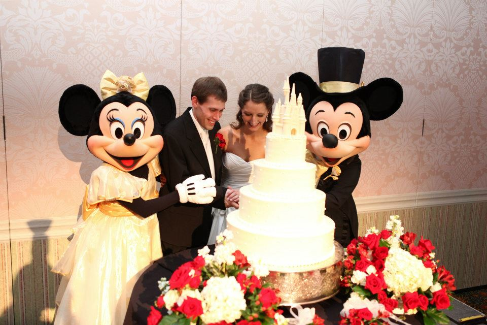 wedding cake mickey disney world florida
